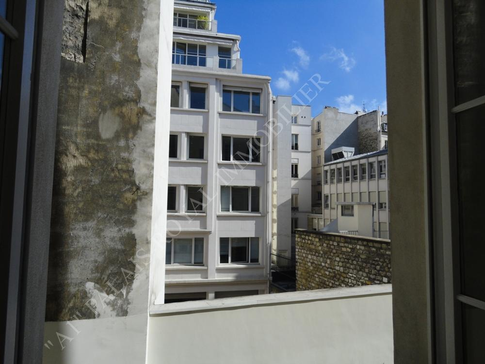 PARIS 1ER – LOCATION VIDE